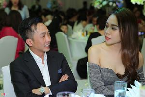 Cường Đô La - Đàm Thu Trang ngày càng ngọt ngào sau một năm yêu