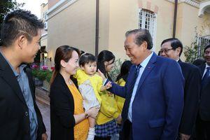 Phó Thủ tướng Trương Hòa Bình gặp gỡ cộng đồng người Việt tại Italy