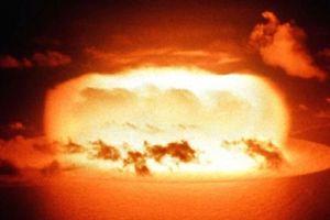 Bàng hoàng động thái hạt nhân lạnh gáy của Mỹ với Nga