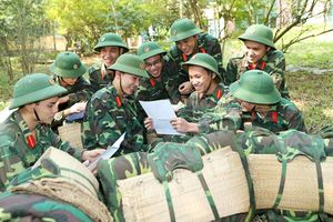 'Sổ tay chiến sĩ' - cẩm nang bổ ích của bộ đội