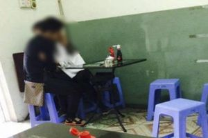 Yêu nơi công cộng, giới trẻ Việt đang 'trơ mặt' hay học đòi phương Tây