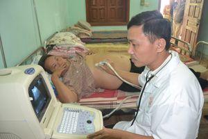 Xây dựng biên giới Việt - Lào thủy chung hiếm có