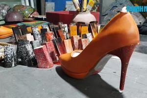 Cô gái Khởi nghiệp từ sản phẩm giày dép độc đáo