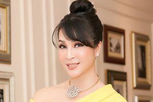 Thanh Mai được vinh danh trong ngày sinh nhật tuổi 45
