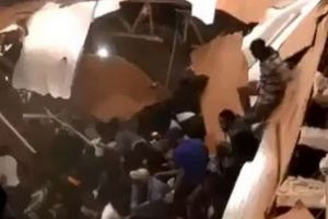 Tiệc tùng đến sập sàn nhà, 30 người bị thương