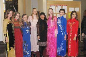 Tiếng Việt đang được dạy trong các trường học nước ngoài như thế nào?