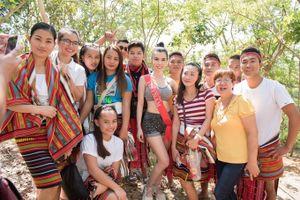 Huỳnh Vy cùng dàn thí sinh Miss Tourism Queen Worldwide 2018 gửi lời chúc ngày Phụ nữ Việt Nam 2018