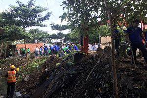 TP Hồ Chí Minh: Vận động người dân không xả rác ra đường và kênh rạch