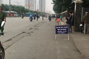 Tuyên truyền, kết hợp xử lý nghiêm vi phạm dừng đỗ trước cổng bến xe