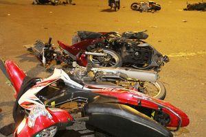 Hiện trường vụ nữ tài xế lái BMW gây tai nạn liên hoàn ở Sài Gòn