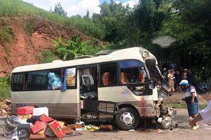 Tai nạn kinh hoàng ở Sơn La khiến ít nhất 12 người bị thương