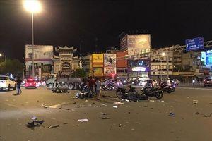 'Xe điên' đâm 5 xe máy, nạn nhân nằm la liệt tại hiện trường,1 phụ nữ chết tại chỗ