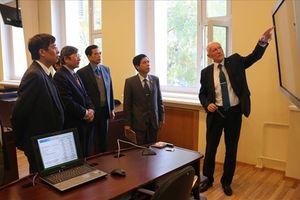 Đoàn đại biểu Tổng LĐLĐVN nghiên cứu, tập huấn tại Liên bang Nga