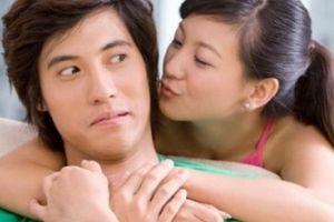 Càng quản càng mất, chuyên gia tâm lý bày cách 'rắc thính' khiến chồng chạy không thoát