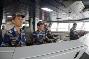 Vùng Cảnh sát biển 1 thực hiện kiểm tra liên hợp nghề cá trên Vịnh Bắc Bộ giữa Việt Nam và Trung Quốc
