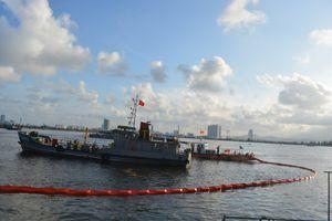 Bộ đội Biên phòng Đà Nẵng tập huấn ứng phó sự cố tràn dầu trên biển