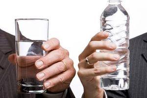 Chuyên gia Nhật tiết lộ cách uống nước cải thiện bệnh mất ngủ rõ rệt
