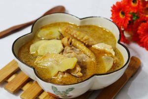 Món ngon mỗi ngày: Canh gà nấu dứa ngọt dịu chua thanh