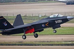 Điểm mặt 7 chiến đấu cơ 'đạo nhái' trong không quân Trung Quốc