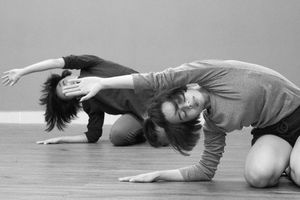 Âm nhạc, múa đương đại thành liệu pháp tinh thần
