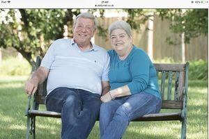 Điều gì đã giúp hai vợ chồng người Mỹ cùng chiến thắng ung thư vú?