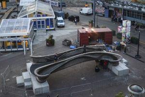 Cận cảnh cây cầu thép dài 12m được hình thành nhờ công nghệ in 3D
