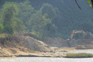 Người dân Huế sống thấp thỏm vì mỏ cát bị khai thác 'vượt phép' ở Suối Voi