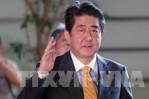 Khoảng 500 doanh nhân tháp tùng Thủ tướng Nhật thăm Trung Quốc