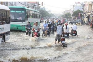 Các tỉnh Nam Bộ tiếp tục chịu cảnh ngập úng do đợt triều cường