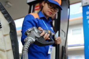 Giá xăng giảm nhẹ từ 15h chiều nay sau nhiều lần tăng liên tiếp