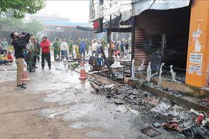 Cháy kinh hoàng ở cửa hàng hoa vào lúc sáng sớm, 2 người chết