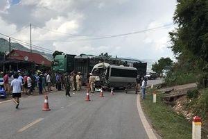 Vụ tai nạn ở Sơn La nhiều người bị thương: Xe đầu kéo chưa đi đăng kiểm lại?