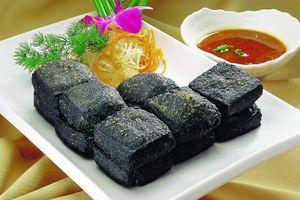Kinh dị những món đặc sản vừa ăn vừa bịt mũi ở nước ngoài