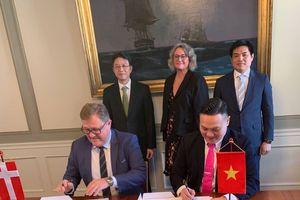Vinalines ký thỏa thuận hợp tác với ERRIA A/S (Đan Mạch)