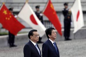 Thủ tướng Nhật thăm Bắc Kinh giữa bất đồng thương mại Mỹ-Trung