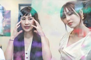 Ninh Dương Lan Ngọc tập trung cao độ khi học diễn xuất với 'cô giáo' Kathy Uyên