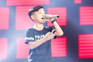Gia đình bé 11 tuổi được chọn ở Giọng hát Việt nhí phủ nhận chiêu trò