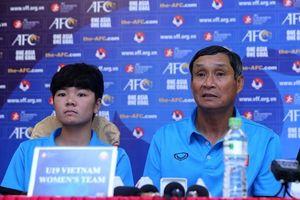 HLV Mai Đức Chung đặt mục tiêu U19 nữ Việt Nam giành vé đi tiếp