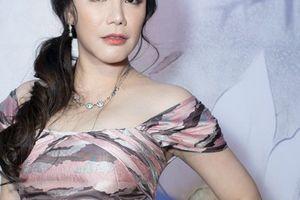 Vì sao Hồ Quỳnh Hương 'mất tích' khỏi showbiz nhiều tháng qua?