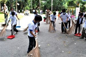 HS thường xuyên lao động vệ sinh trường lớp là 1 tiêu chí trường học sạch