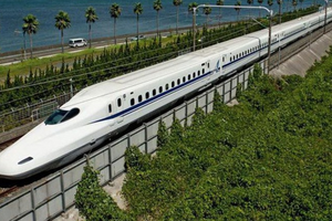 Công ty Pháp muốn phát triển tàu điện ngầm, đường sắt cao tốc tại Việt Nam