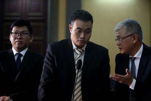 Vụ Vinasun kiện Grab: Tòa hỏi xoáy hoạt động kinh doanh của cả hai bên
