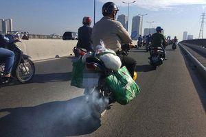 TP.HCM sốt ruột với khí thải xe máy