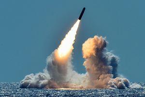 Có đủ vũ khí để phá hủy thế giới 10 lần, Mỹ vẫn muốn mạnh hơn vì Trung Quốc