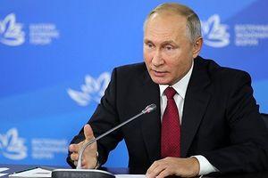 Tổng thống Nga Putin ký sắc lệnh trừng phạt đáp trả Ukraine