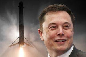 Elon Musk bế tắc phóng tên lửa, Việt Nam loay hoay vì Grab