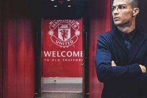Fan M.U 'tan chảy' vì hành động đặc biệt Ronaldo dành cho Quỷ Đỏ