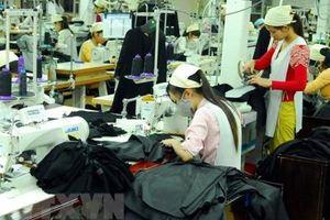 Ngành dệt may Campuchia kêu gọi EU không đình chỉ ưu đãi thương mại