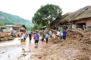 Lào Cai bị thiệt hại nặng nề do mưa lũ trái mùa