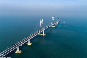 Toàn cảnh cây cầu vượt biển dài nhất thế giới của Trung Quốc